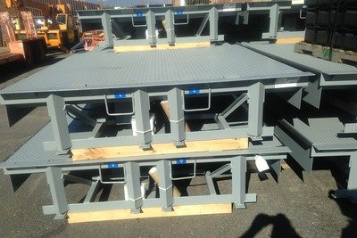 steel pallet lifts